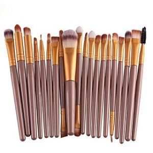 What Types of Makeup Brushes are there in a review and comparison?