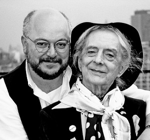 Phillip Ward and Quentin Crisp (Photo: Jim Tamulis, courtesy of Quentin Crisp Archive)