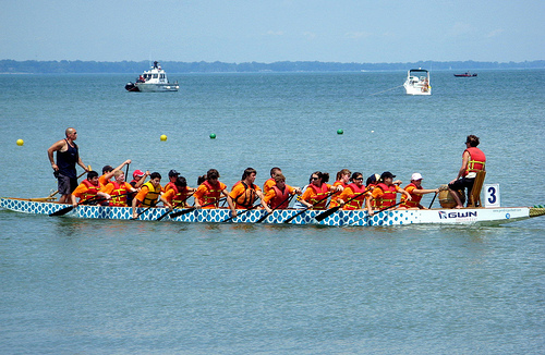 Dragon boat racing is a growing sport in the US (Source: flickr Photo: Andrea_44)