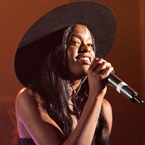 Reports suggested that Azealia Banks had parted ways with her record label after the argument