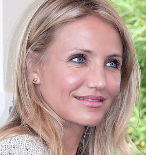 Cameron Diaz has dismissed reports that she is bisexual