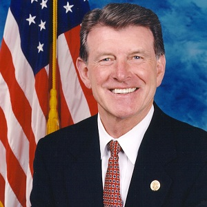Governor Butch Otter has continued to defend the marriage ban