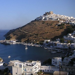 The remains were found carved into the rock on the island of Astypalaia. (Image: Wikipedia.)