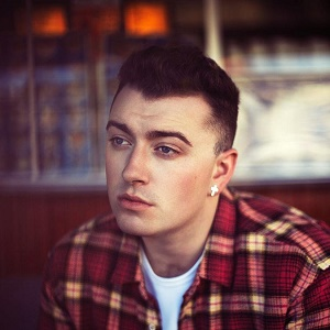 Sam Smith has attacked the hookup app Grindr
