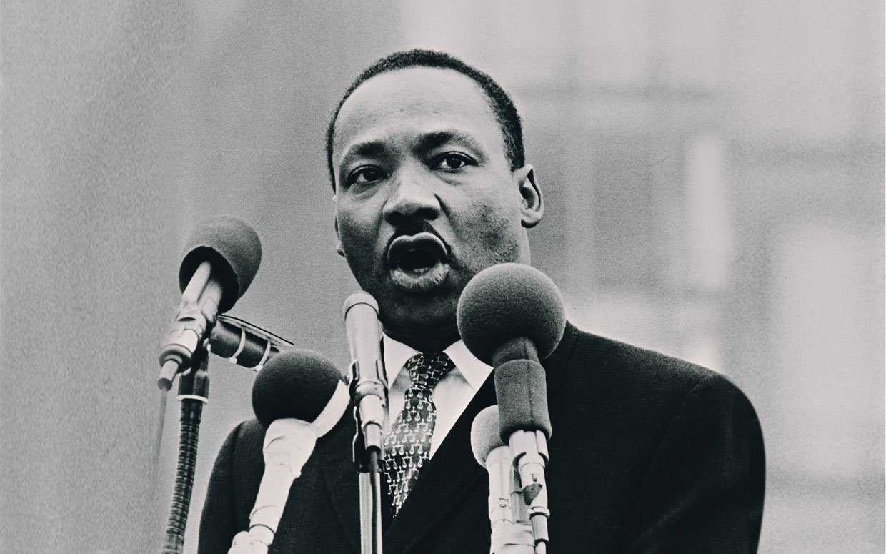 a biography of martin luther king jr and his civil rights efforts Martin luther king, jr was born on january 15, 1929 in atlanta, ga his birth certificate listed his first name as michael, but this was later changed to martin his grandfather and then his father both served as the pastor of the ebenezer baptist church in atlanta, georgia king graduated from .
