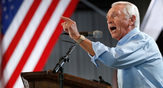 Steve Beshear has ordered clerks to either allow same-sex weddings or quit (Photo by Win McNamee/Getty Images)