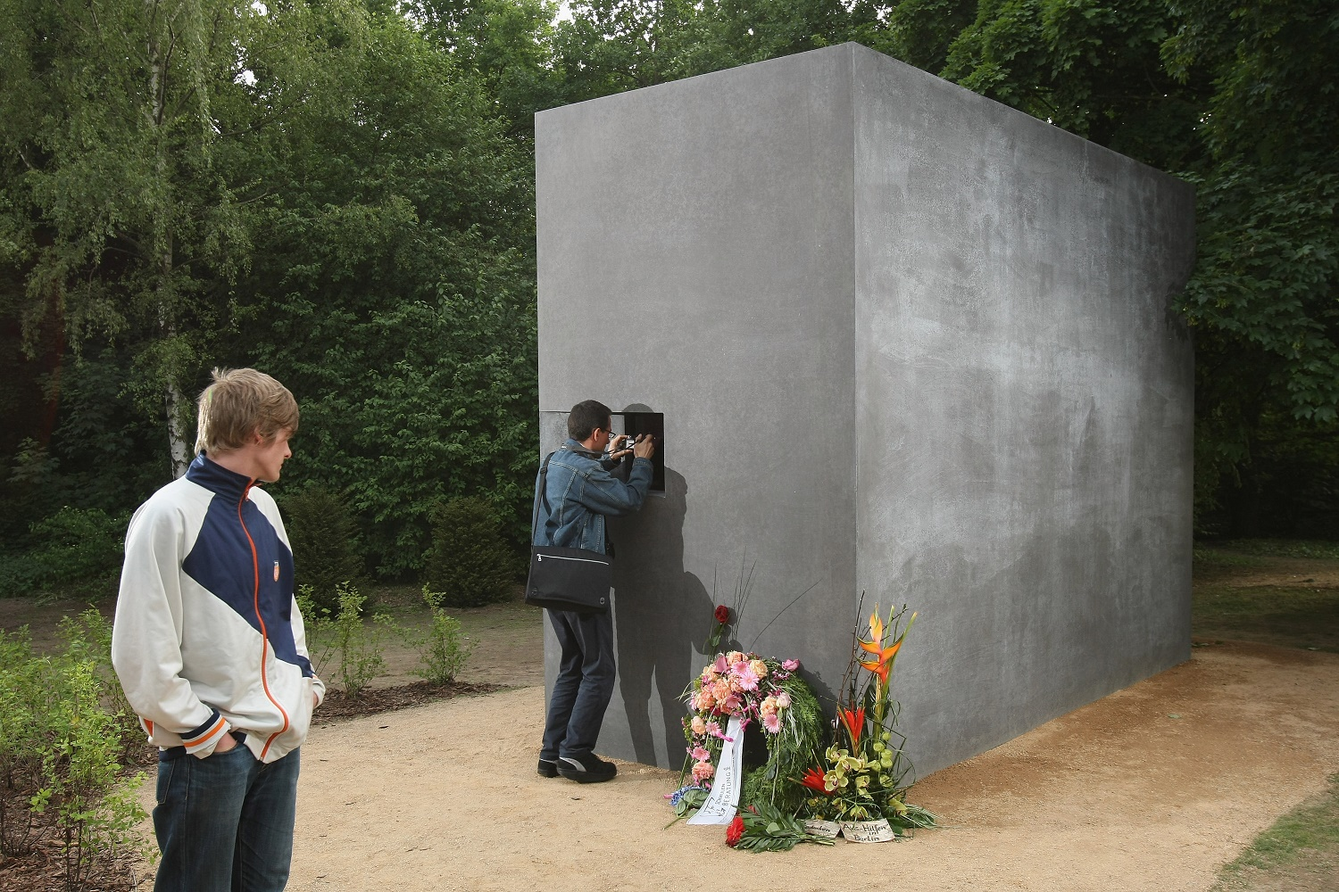 Memorial to Nazi-Era Persecuted Homosexuals