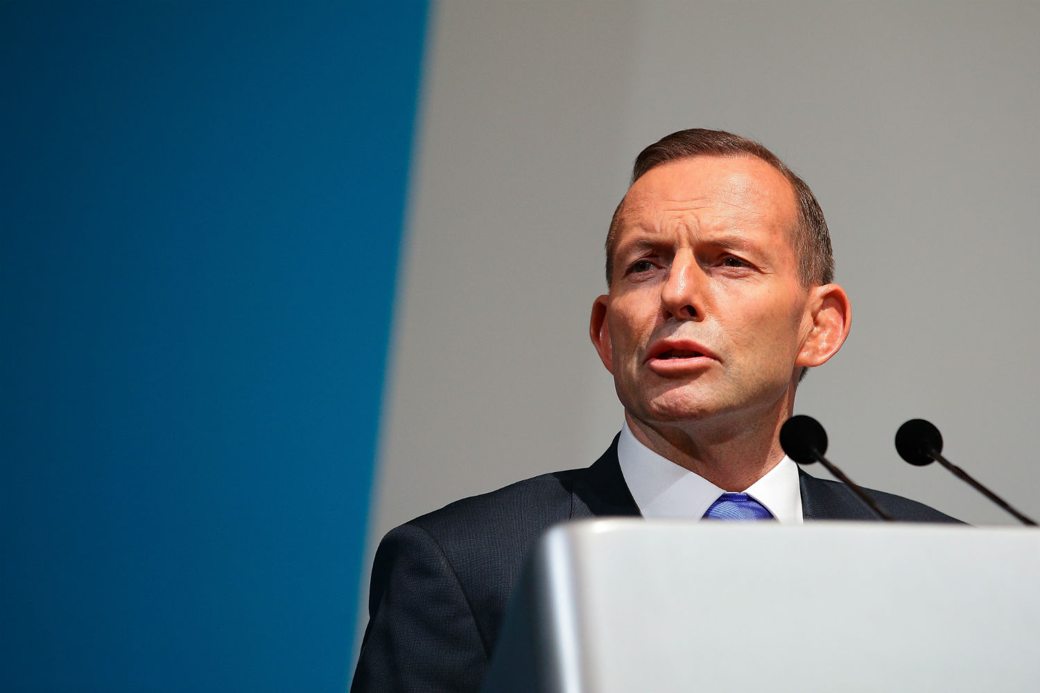 Abbott reforms endorsed by Liberals