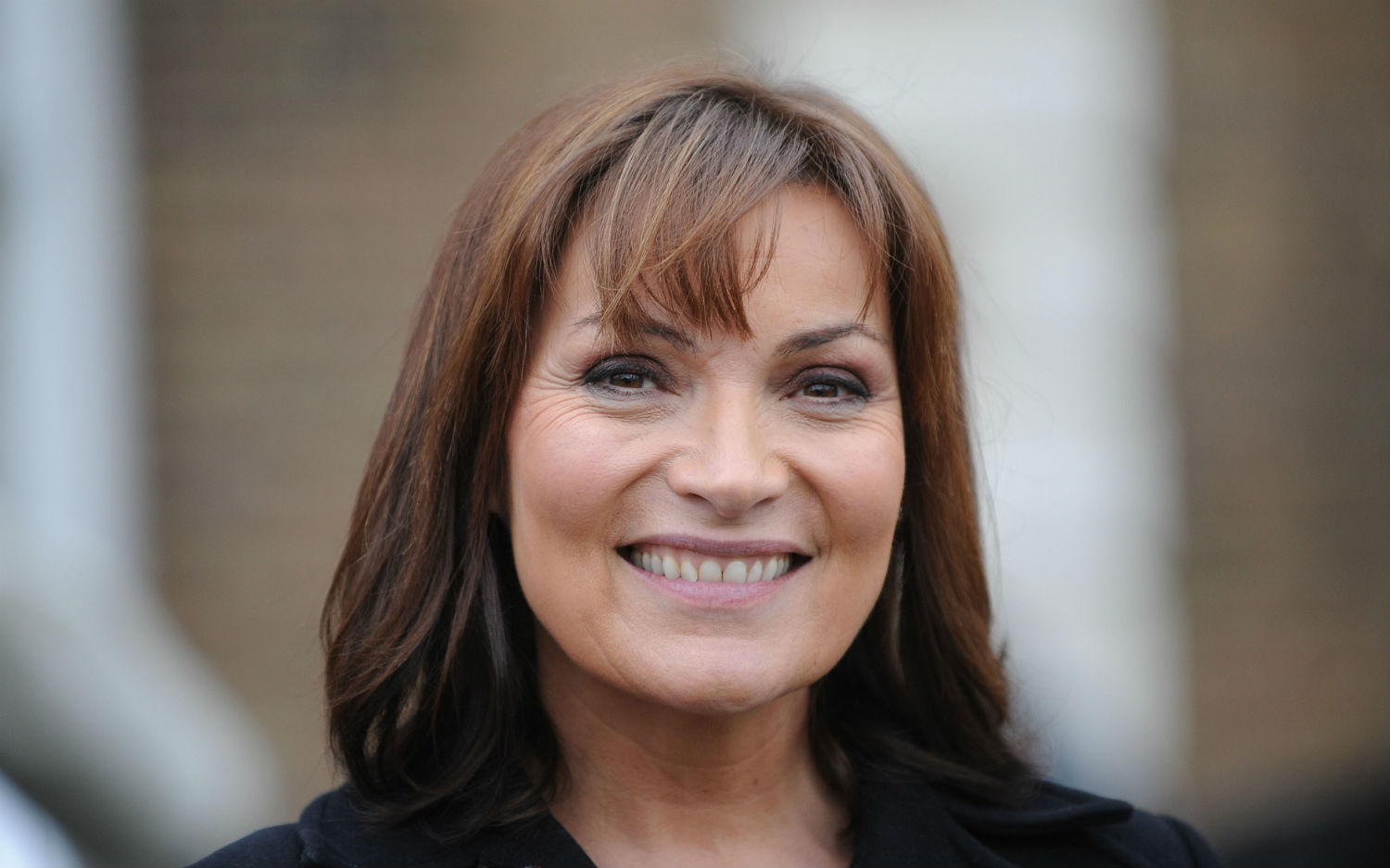lorraine kelly wins journalist of the year at scottish lgbti