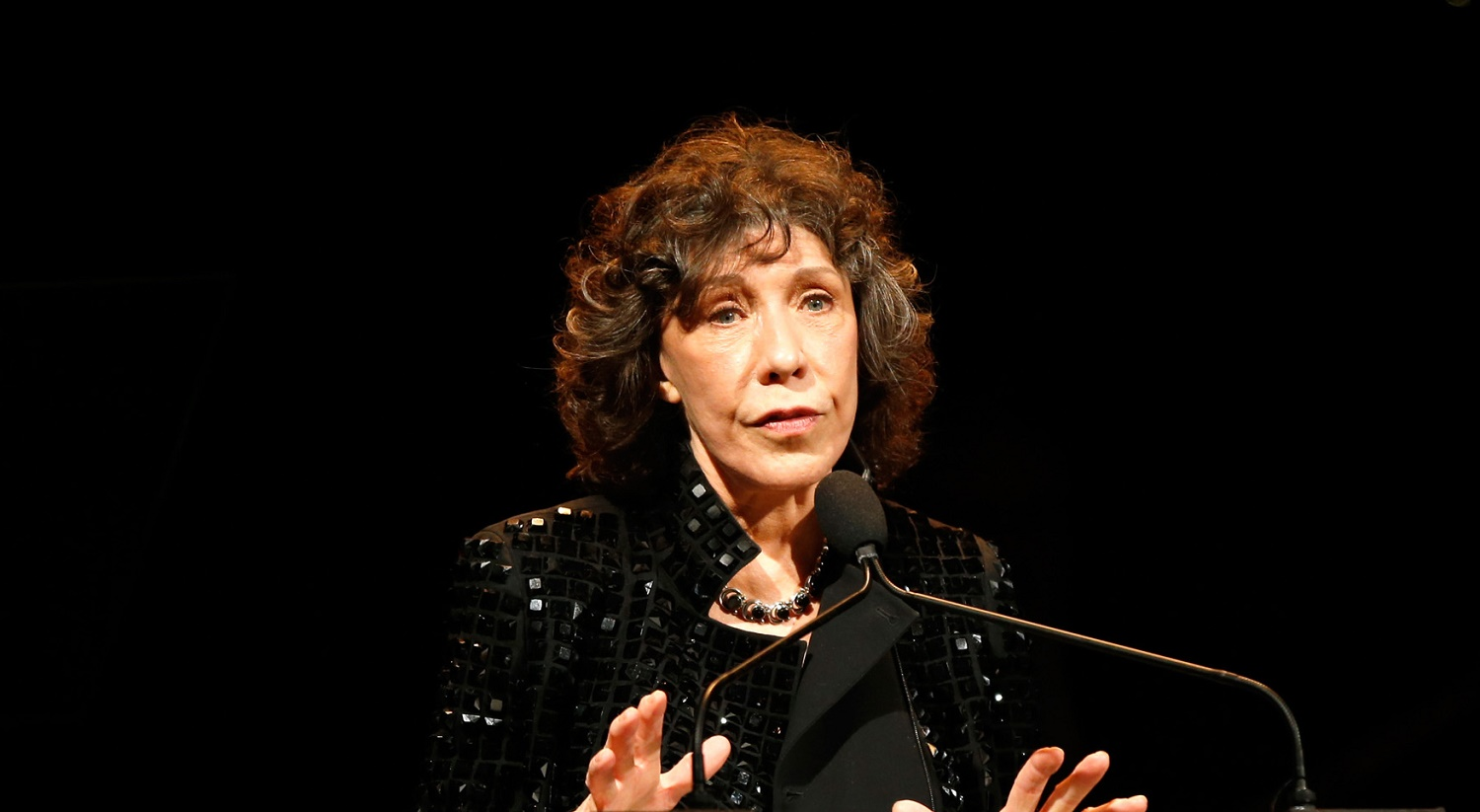 Lily Tomlin: Me coming out as gay would have 'literally' killed my mother