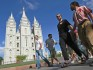 """Gay activists gather at Mormon temple for a """"kiss in"""" (Getty)"""