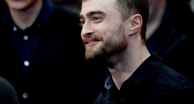 Hot girls oiled and naked