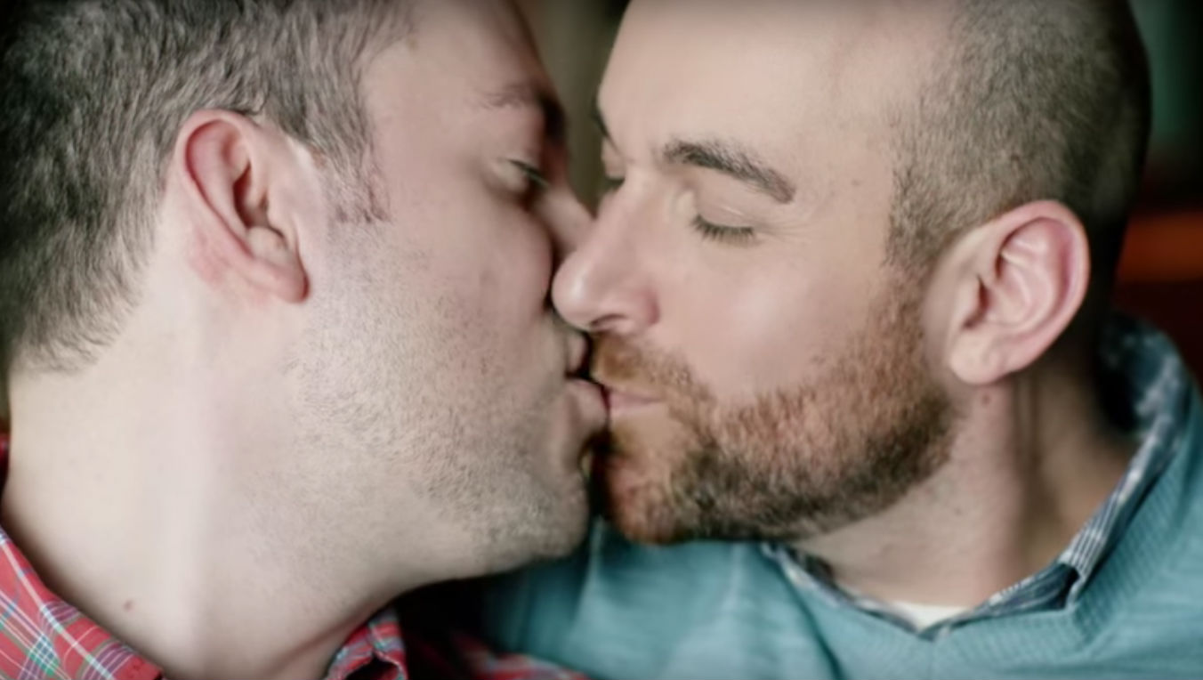 Gay Kissing And Sex
