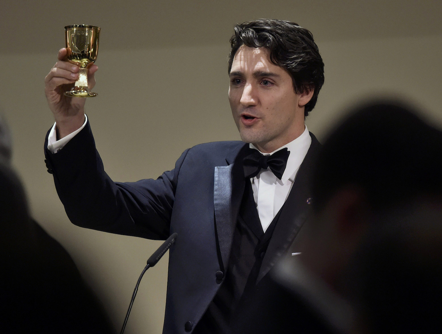 VALLETTA, MALTA - NOVEMBER 27: Canada's Prime Minister Justin Trudeau gives a toast as he attends a dinner at the Corinthia Palace Hotel in Attard during the Commonwealth Heads of Government Meeting (CHOGM) on November 27, 2015 near Valletta, Malta. Queen Elizabeth II, The Duke of Edinburgh, Prince Charles, Prince of Wales and Camilla, Duchess of Cornwall arrived today to attend the Commonwealth Heads of State Summit. (Photo by Toby Melville -Pool/Getty Images)