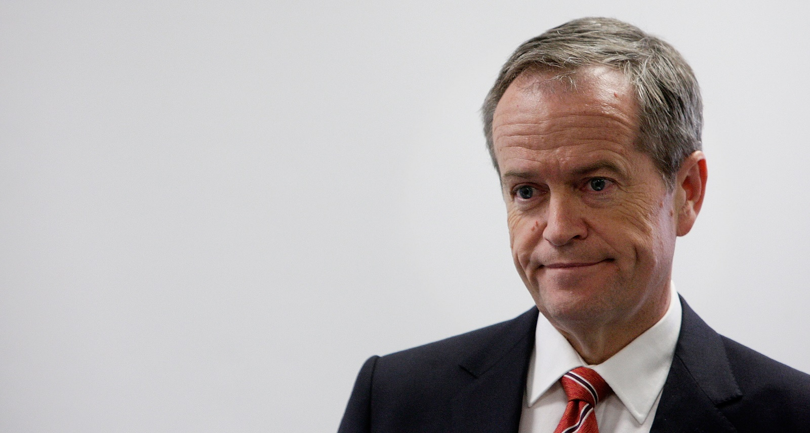 Bill Shorten Campaigns In Melbourne As Labor Falls Behind In Latest Polls