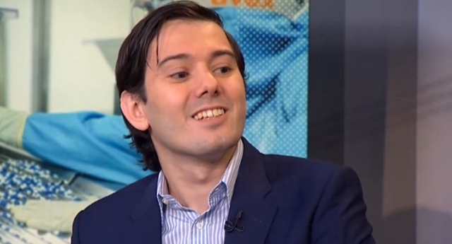 Martin Shkreli will be punched in the face by the lucky winner (Getty Images/Twitter)