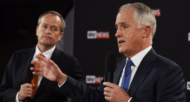 Opposition leader Bill Shorten has lined up his party to oppose Prime Minister Malcolm Turnbull's plebiscite plan (Mick Tsikas - Pool/Getty Images)