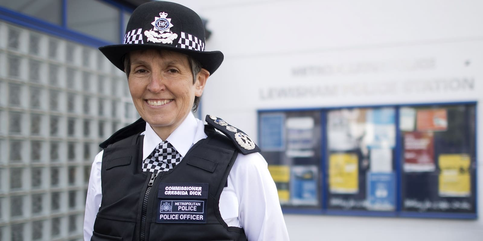 dating police officer uk Mother who cried rape after a one night stand with hero police officer she met on a dating jersey shore's pauly d keen to join forces with stars from the uk.