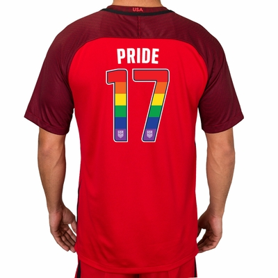 US national football teams to play in LGBT kit - PinkNews · PinkNews 0194a7d17
