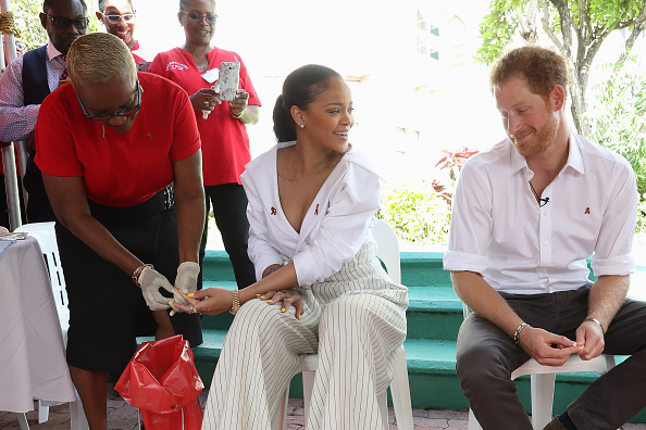 Rihanna and Prince Harry give blood