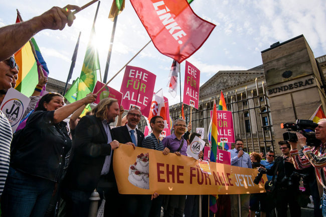 Campaigners for equal marriage in Germany