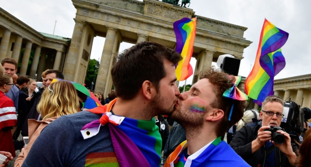 German president OKs marriage law