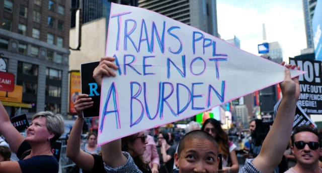 Protesters of the trans military ban (Photo by JEWEL SAMAD/AFP/Getty Images)