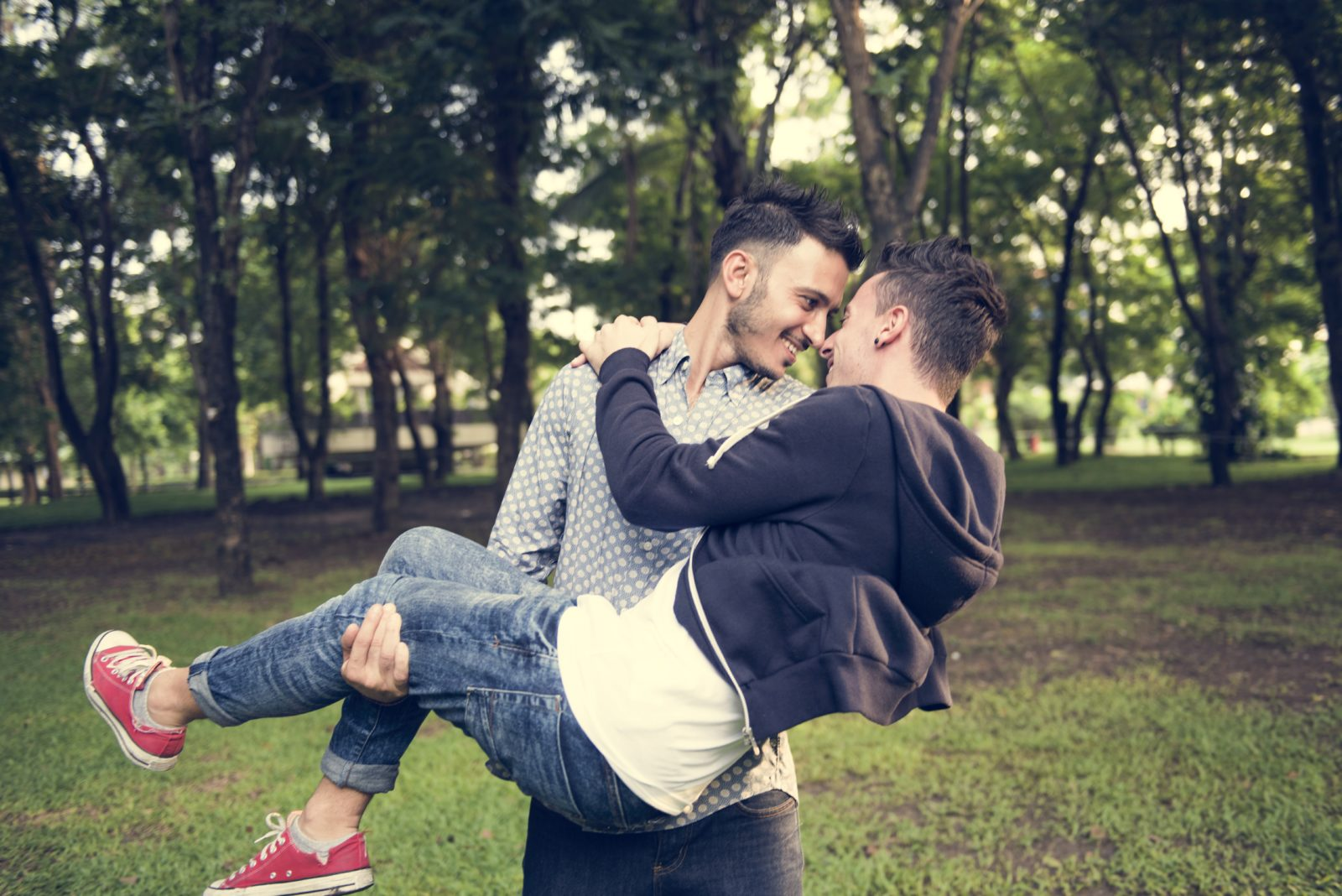 Does having an older brother make you gay?