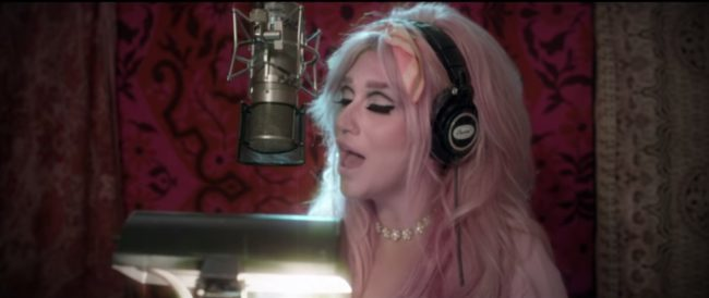 Kesha Rainbow video (KeshaVEVO)