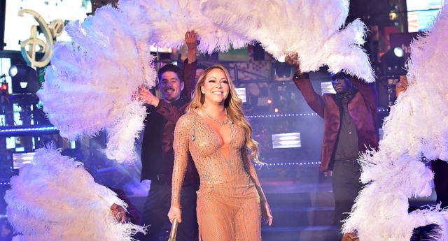 Trailer debuts for Mariah Carey's All I Want For Christmas Is You