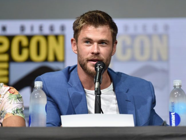 SAN DIEGO, CA - JULY 22:  Actor Chris Hemsworth from Marvel Studios' 'Thor: Ragnarok' at the San Diego Comic-Con International 2017 Marvel Studios Panel in Hall H on July 22, 2017 in San Diego, California.  (Photo by Alberto E. Rodriguez/Getty Images for Disney)