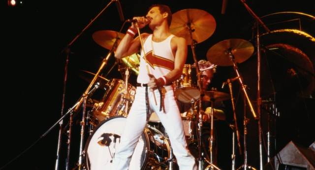 Freddie Mercury in Queen (Fox Photos/Hulton Archive/Getty Images)