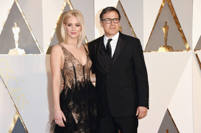 HOLLYWOOD, CA - FEBRUARY 28:  Actress Jennifer Lawrence (L) and director David O. Russell attend the 88th Annual Academy Awards at Hollywood & Highland Center on February 28, 2016 in Hollywood, California.  (Photo by Jason Merritt/Getty Images)