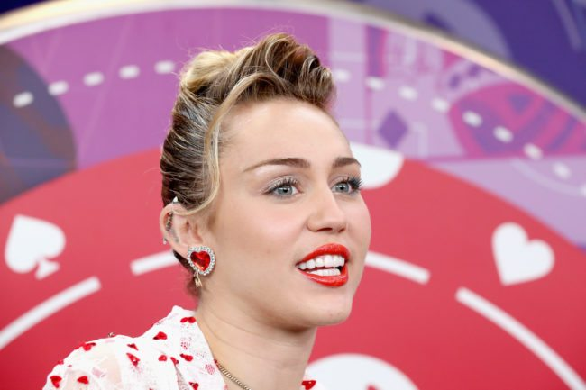 LAS VEGAS, NV - SEPTEMBER 23:  Miley Cyrus attends the 2017 iHeartRadio Music Festival at T-Mobile Arena on September 23, 2017 in Las Vegas, Nevada.  (Photo by Gabe Ginsberg/Getty Images for iHeartMedia)