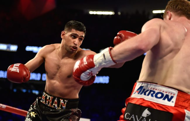 LAS VEGAS, NEVADA - MAY 07: Amir Khan (L) and Canelo Alvarez battle during a WBC middleweight title fight at T-Mobile Arena on May 7, 2016 in Las Vegas, Nevada. Alvarez won by a sixth round knockout. (Photo by David Becker/Getty Images)