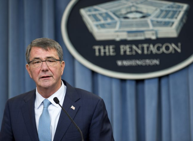 """US Secretary of Defense Ashton Carter announces that the military will lift its ban on transgender troops during a press briefing at the Pentagon in Washington, DC, June 30, 2016. """"This is the right thing to do for our people and for the force,"""" Carter said in a statement. / AFP / SAUL LOEB        (Photo credit should read SAUL LOEB/AFP/Getty Images)"""