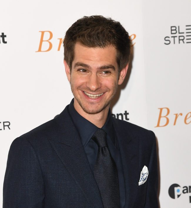 Actor Andrew Garfield attends the New York special screening 'Breathe' at AMC Loews Lincoln Square 13 theater on October 9, 2017 in New York City.  / AFP PHOTO / ANGELA WEISS        (Photo credit should read ANGELA WEISS/AFP/Getty Images)