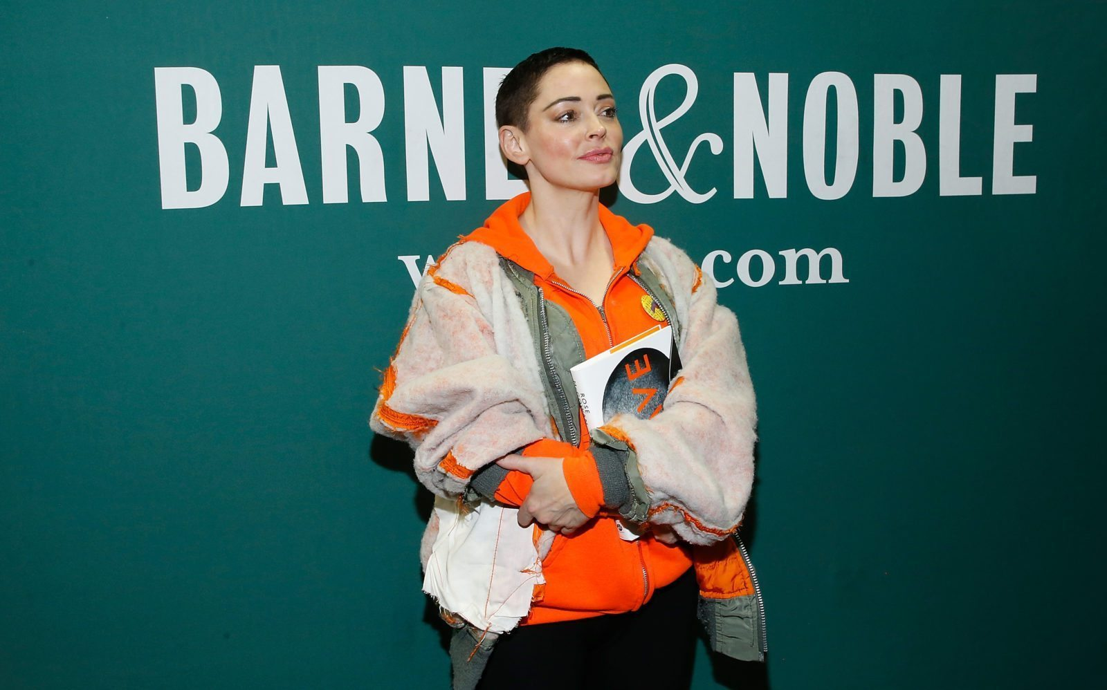 Reader Comments  C B Rose Mcgowan Cancels Book Tour After Public Shouting Row With Trans Woman  C B Pinknews
