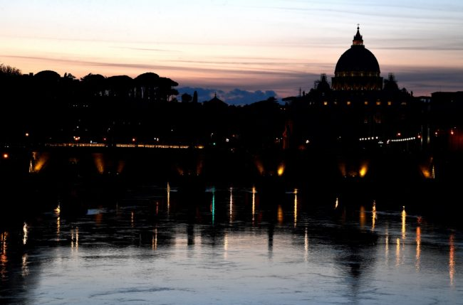 Vatican receives dossier from archdiocese identifying 40 gay priests in Italy