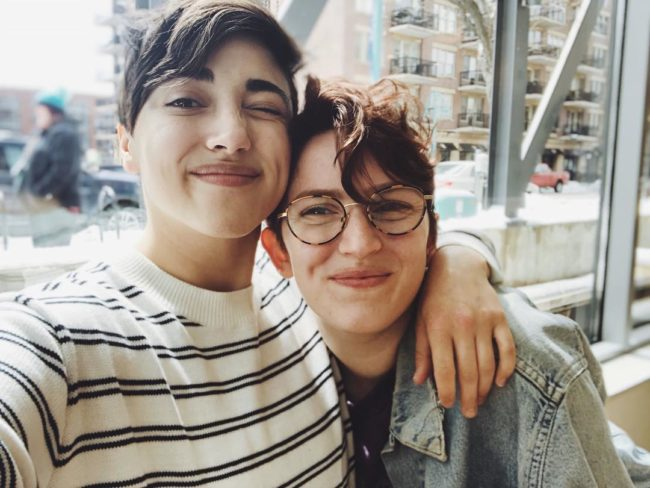 Bisexual YouTuber Alex G has proposed to her girlfriend in the ... 014f924400