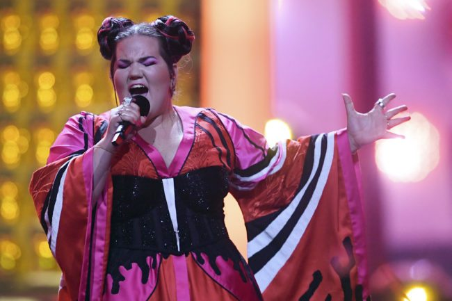"""Israel's singer Netta Barzilai aka Netta performs """"Toy"""" during the final of the 63rd edition of the Eurovision Song Contest 2018 at the Altice Arena in Lisbon, on May 12, 2018. (Photo by Francisco LEONG / AFP)        (Photo credit should read FRANCISCO LEONG/AFP/Getty Images)"""