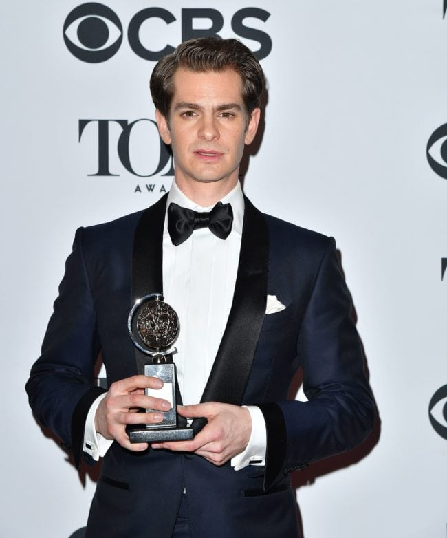 US actor Andrew Garfield, winner of the award for Best Performance by an Actor in a Leading Role in a Play for ?Angels in America,? poses in the 72nd Annual Tony Awards Media Room at 3 West Club in New York City on June 10, 2018. (Photo by ANGELA WEISS / AFP) (Photo credit should read ANGELA WEISS/AFP/Getty Images)
