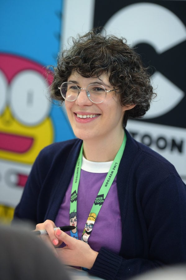 NEW YORK, NY - OCTOBER 05: Steven Universe creator, voice actor, and author Rebecca Sugar attends the Steven Universe signing during New York Comic Con 2017 - JK at Jacob K. Javits Convention Center on October 5, 2017 in New York City. 27356_002 (Photo by Jason Kempin/Getty Images for Cartoon Network)