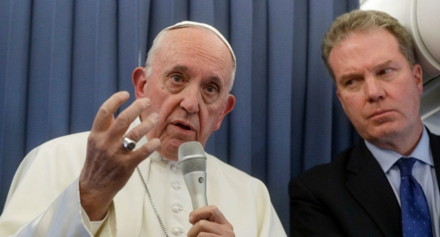 Ex-Vatican official issues call for Pope Francis' resignation