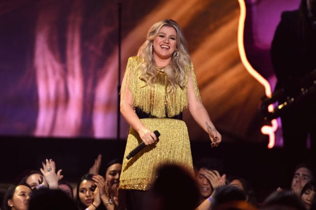LAS VEGAS, NV - MAY 20:  Host Kelly Clarkson  performs onstage during the 2018 Billboard Music Awards at MGM Grand Garden Arena on May 20, 2018 in Las Vegas, Nevada.  (Photo by Ethan Miller/Getty Images)