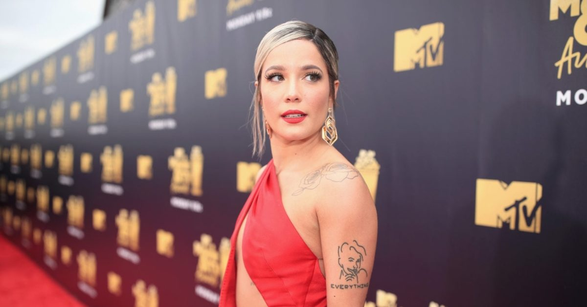 Halsey attends the 2018 MTV Movie And TV Awards in California on June 16, 2018 (Christopher Polk/Getty Images for MTV)