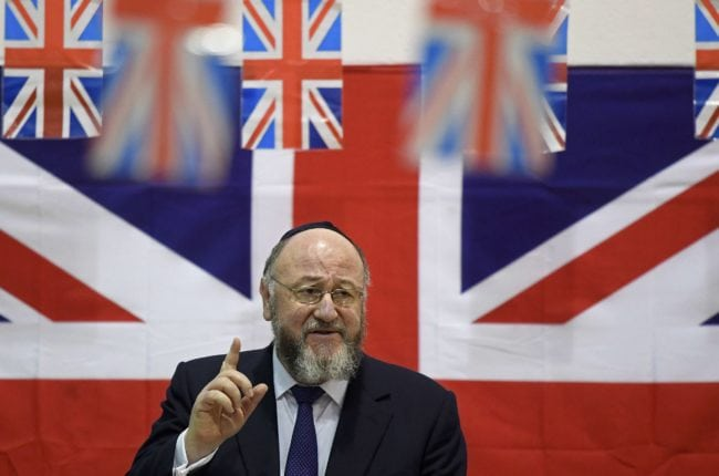 LONDON - FEBRUARY 1: Chief Rabbi Ephraim Mirvis (L) delivers a speech at the Orthodox Jewish School Yavneh College on February 1, 2017 in London, England. (Photo by Toby Melville - WPA Pool/Getty Images)