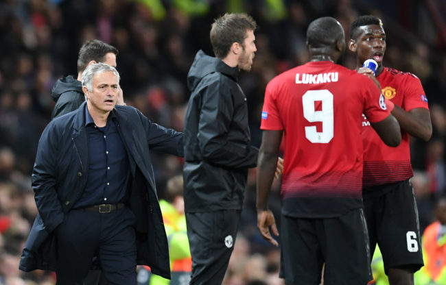 MANCHESTER, ENGLAND - OCTOBER 02: Jose Mourinho, Manager of Manchester United looks to talk to Romelu Lukaku of Manchester United and Paul Pogba of Manchester United during the Group H match of the UEFA Champions League between Manchester United and Valencia at Old Trafford on October 2, 2018 in Manchester, United Kingdom. (Photo by Michael Regan/Getty Images)