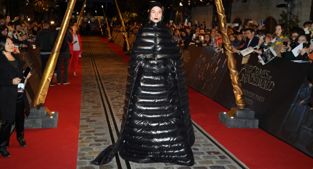 """Ezra Miller attends """"Fantastic Beasts: The Crimes Of Grindelwald"""" World Premiere at UGC Cine Cite Bercy on November 8, 2018 in Paris, France.  (Pascal Le Segretain/Getty Images)"""