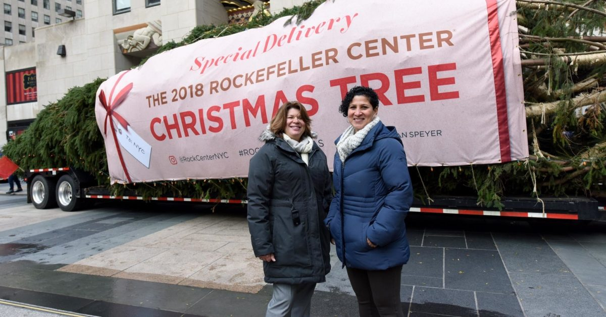 Shirley Figueroa and Lissette Gutierrez donated their tree Shelby to the Rockefeller Center. (Rockefeller Center/Facebook)